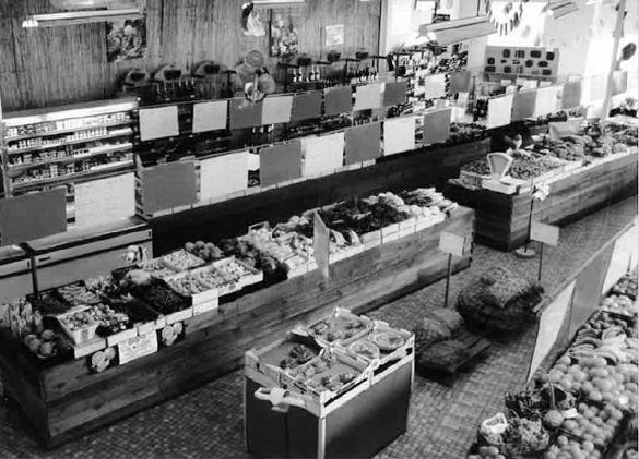 des halles et des gourmets magasin 1982, archive